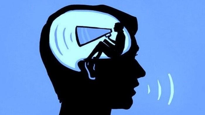 Почему вам не нравится как звучит ваш собственный голос в записи?