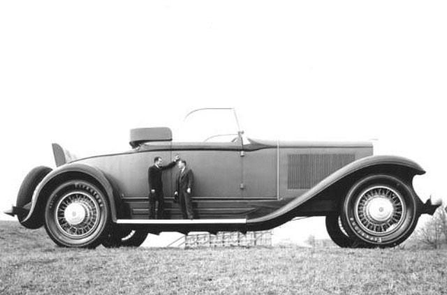 Самый большой в мире автомобиль (10 фото)