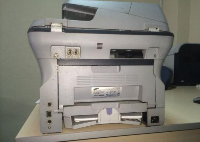 Принтер перестал печатать (5 фото)