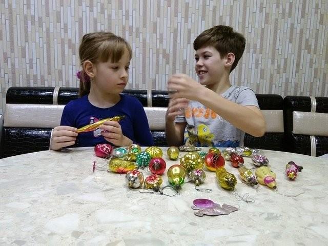 Житель из Екатеринбурга обнаружил на антресолях елочные игрушки стоимостью свыше миллиона рублей (8 фото)