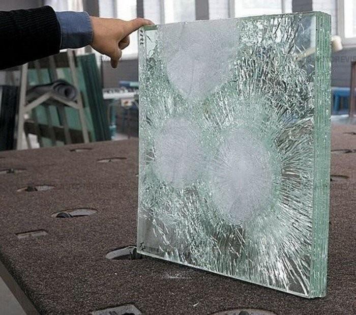 Как устроено пуленпробиваемое стекло? (6 фото)