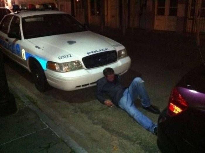 Забавные фотографии пьяных людей (17 фото + 3 гиф)