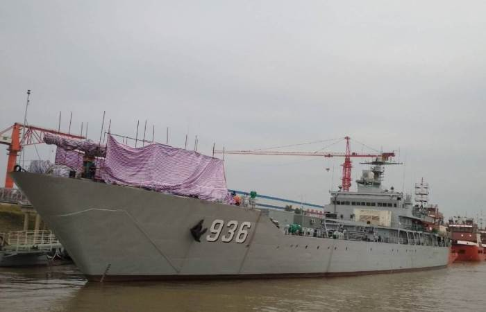 Китай мог установить рельсотрон на военный корабль (4 фото)