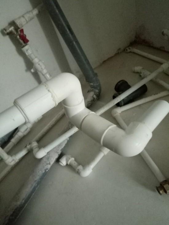 Знакомый попросил доделать ремонт после узбекских рабочих (6 фото)