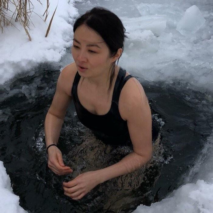 Девушки которые не дождались крещения (24 фото)