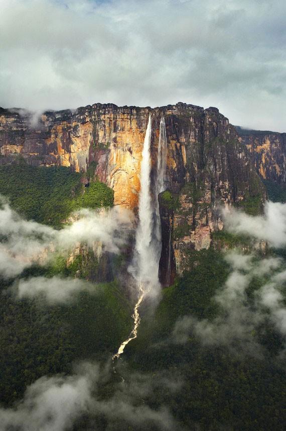 Водопад Анхель в Венесуэле (7 фото)