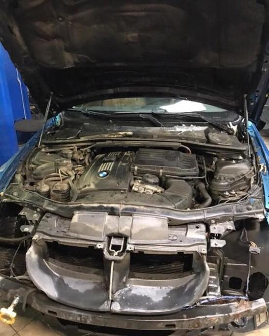 Автомобиль BMW, с которого не снимался передний бампер (5 фото)