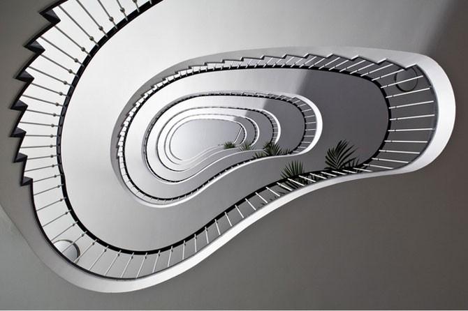 Невероятные безумные фотографии лестниц (34 фото)