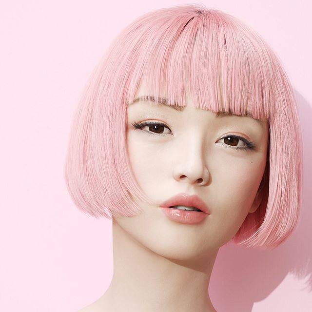 Красивая японская фотомодель на самом деле не человек (13 фото)