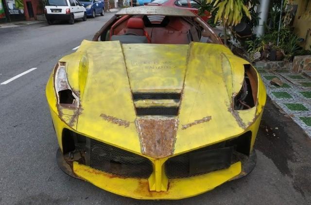 Житель Малайзии попытался сделать своими руками реплику Ferrari LaFerrari (5 фото)