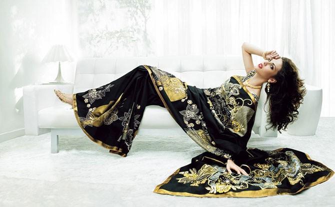 Необычайно красивые индийские девушки (44 фото)