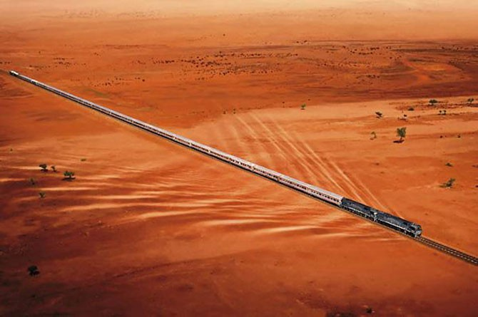 Непредсказуемые пустыни (14 фото)