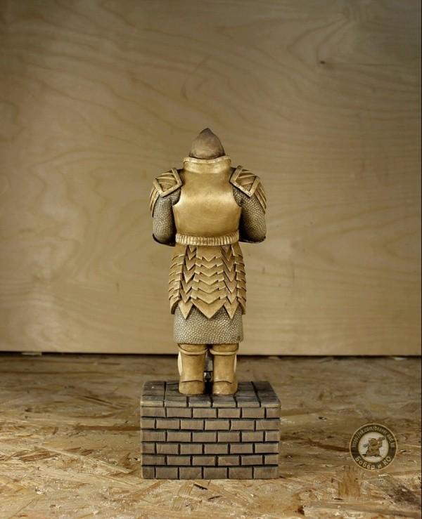 Статуэтка для настоящих любителей фэнтези своими руками (15 фото)