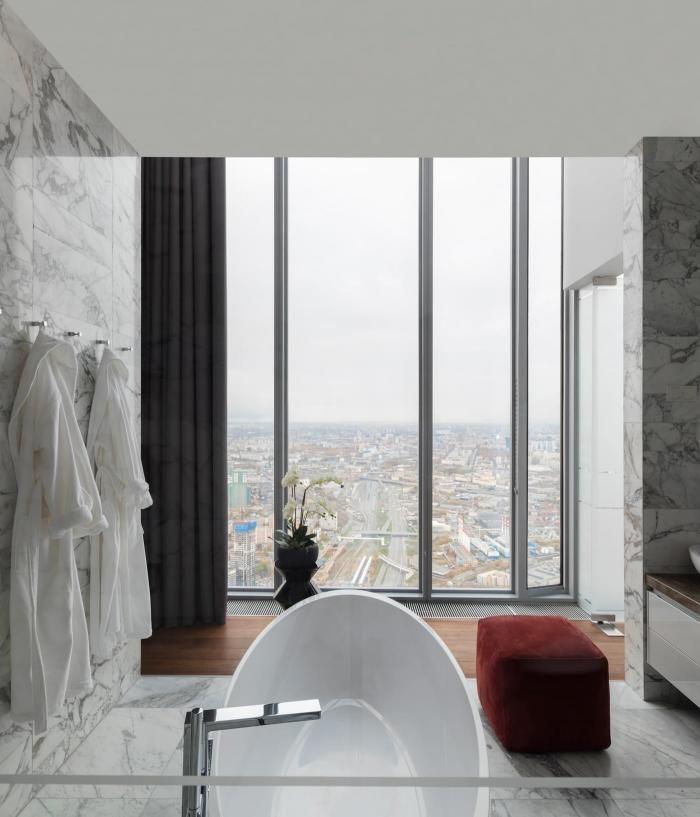 Интерьер квартиры в Москве на 82-м этаже (26 фото)