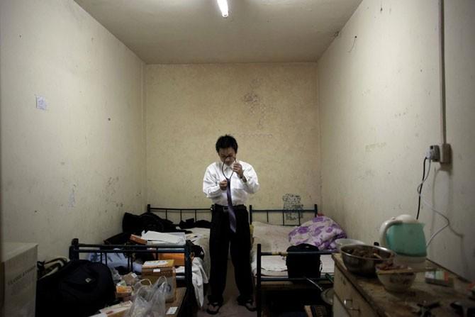 Жители пекинских подвалов (8 фото)