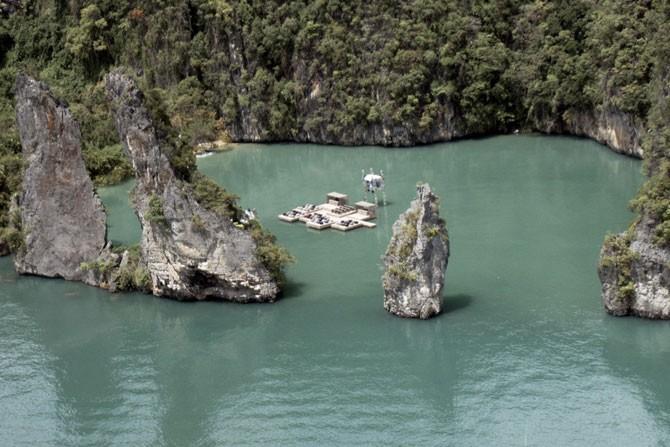 Плавающий кинотеатр в Таиланде (7 фото)