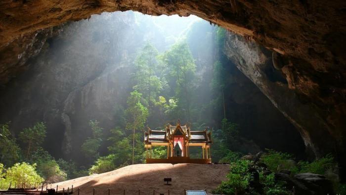 Пещера Пхрая Након в Таиланде (5 фото)