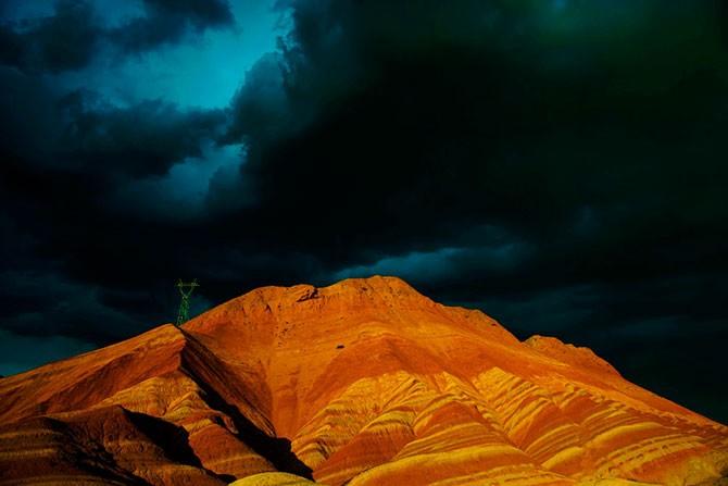 Ландшафт Дэнксия – цветные горы Китая (18 фото)