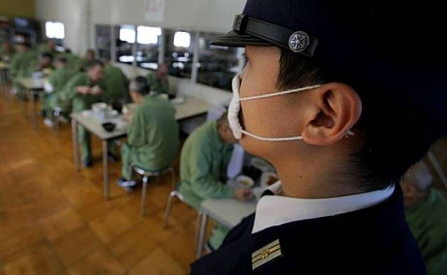 Почему правозащитники называют японские тюрьмы ужасными (8 фото)