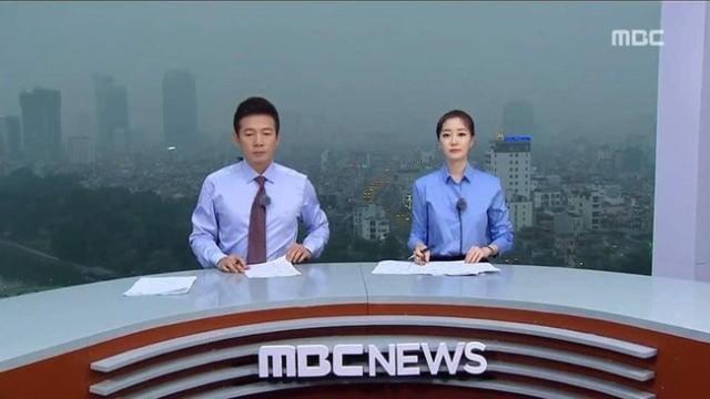 Новостные выпуски с видом на город (4 фото)