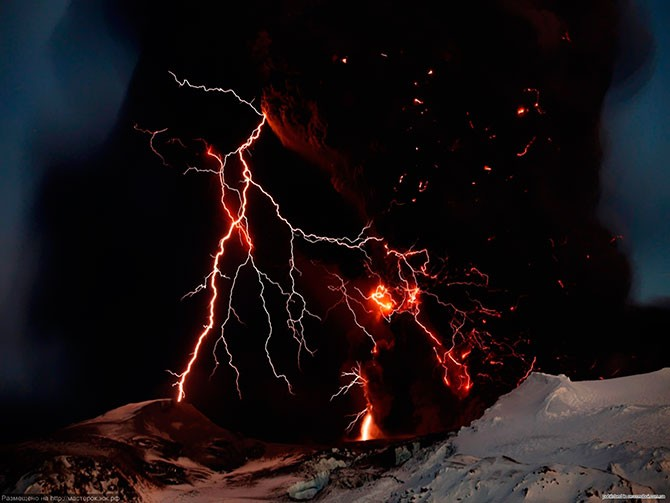 Вулканические молнии (42 фото)
