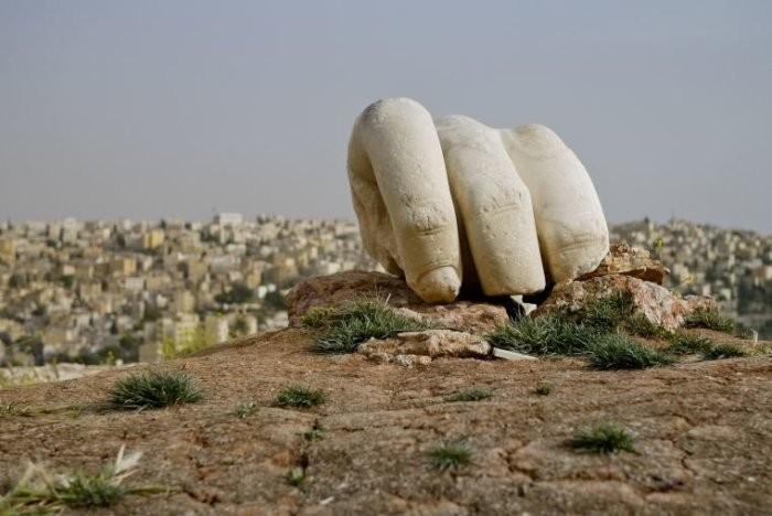 Рука Геркулеса – неразгаданная тайна в археологии (7 фото)