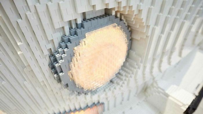 Полноразмерный кемпер Volkswagen T2 из кубиков Lego (13 фото)