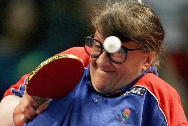 Смешные моменты настольного тенниса (14 фото)