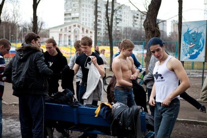 Уличные качки (29 фото)