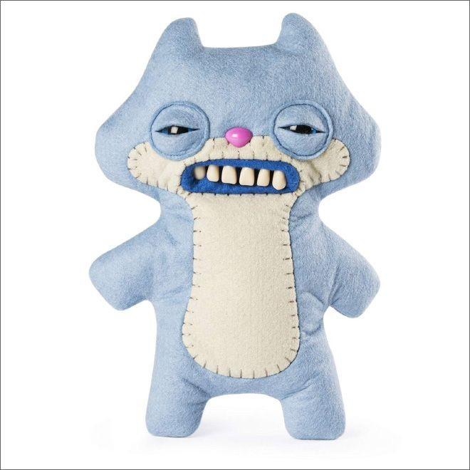 Мягкие игрушки-монстры с человеческими зубами (20 фото)