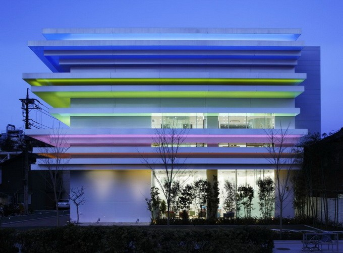 Банк Sugamo Shinkin в Токио (21 фото)