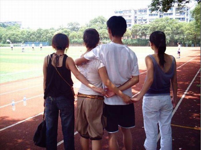 Что может происходить за спиной... (17 фото)