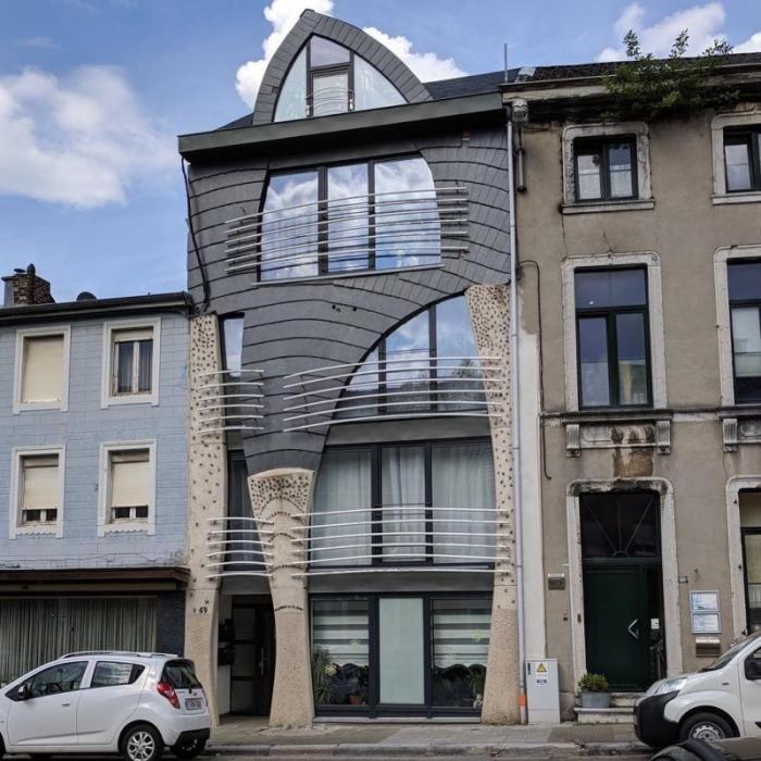 Бельгия удивляет множеством причудливых домов (40 фото)