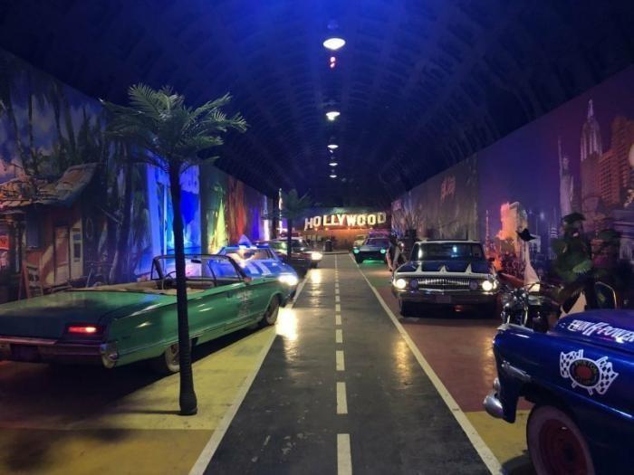 Route66 - музей американских автомобилей в Санкт-Петербурге (20 фото)