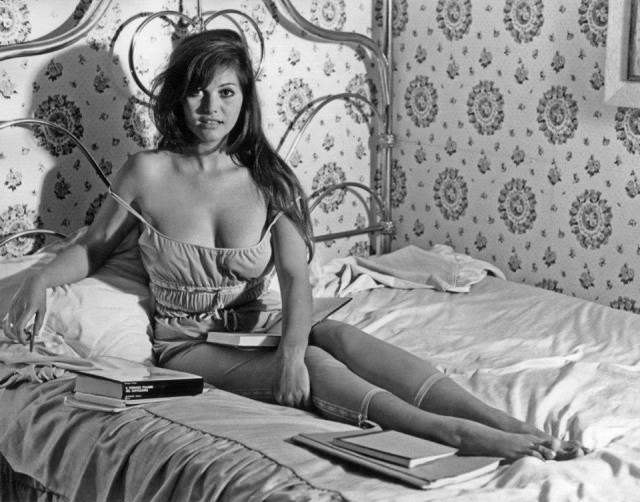 Архивные фотографии знаменитостей (25 фото)