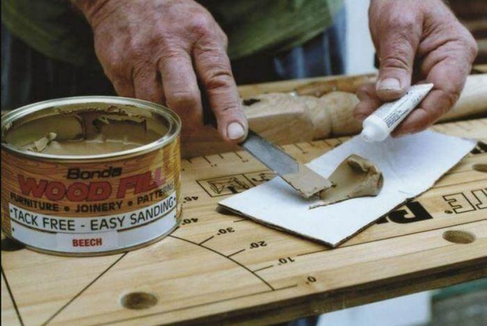 Простые способы заделать трещину в деревянном изделии (4 фото)