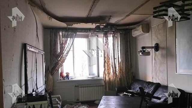 В московской многоэтажке взорвался электросамокат (5 фото)