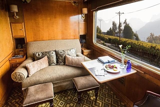 Поезда, на которых ездят богатые люди (24 фото)