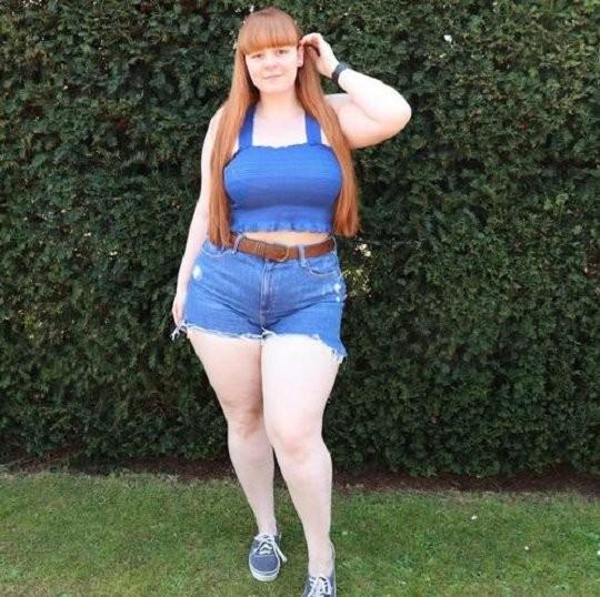 Британка пошла в качалку, чтобы похудеть, но набрала вес. Девушка не пала духом и обратила изменения в плюс