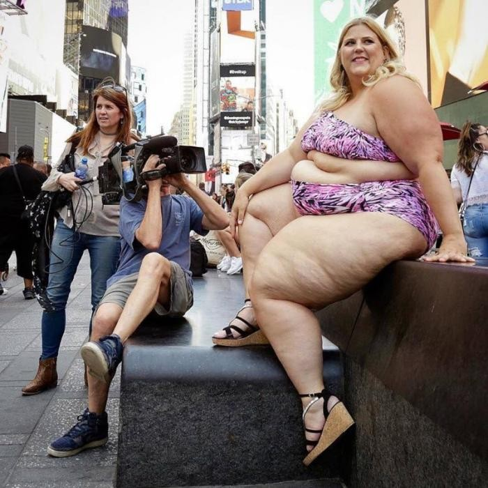 «Gillette» сделал своей моделью необычную блоггершу (5 фото)