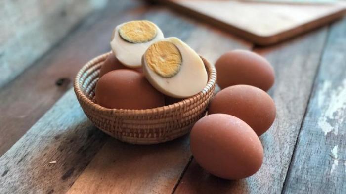 Можно ли есть вареные яйца с зеленым ободком на желтке (4 фото)
