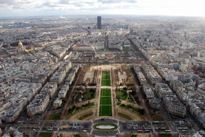 Париж с Эйфелевой башни (45 фото)