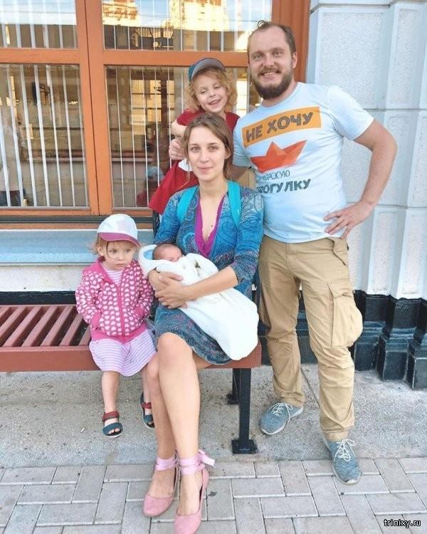 """Семейная пара из Сочи назвала сына """"Илоном Маском"""" (3 фото)"""