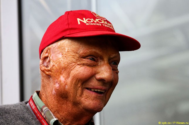 Умер легендарный гонщик Ники Лауда (5 фото)