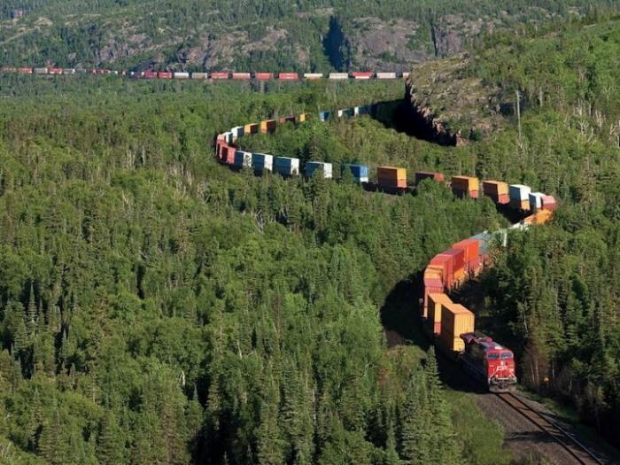 Пейзажи Канадской Тихоокеанской железной дороги (13 фото)