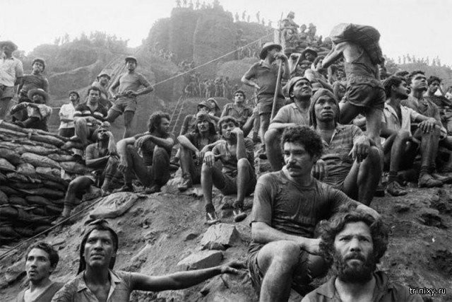 Архивные снимки золотой лихорадки в Бразилии (17 фото)