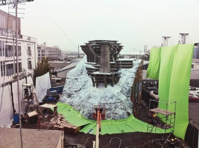 Редкие кадры со съемочных площадок блокбастеров (15 фото)