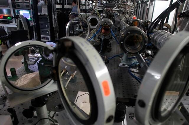 В России собираются создать генератор гравитационных волн (3 фото)