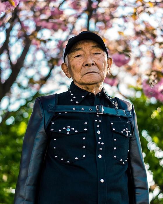 84-летний японский дедушка стал моделью (5 фото)