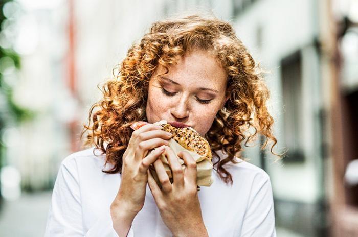 7 пищевых привычек, которые помогут сбросить вес (2 фото)